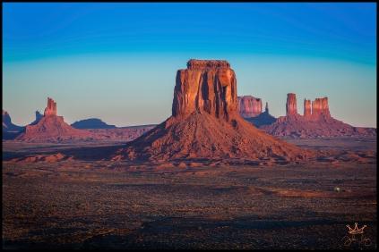 Morning light in Monument Valley